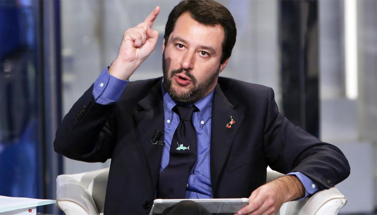"""Salvini:flat tax emergenza nazionale, nessuno nel governo freni""""Non è col reddito di cittadinanza che riparte il Paese"""""""