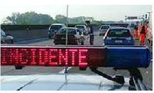 MASSAROSA Incidente sull' autostrada A11 Bretella in direzione Lucca-Viareggio
