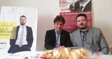 Alla sede del M5S di Lamporecchio questo pomeriggio è intervenuto il senatore del M5S Gianluca Ferrara