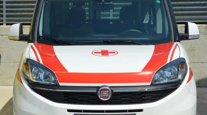 PISTOIA Auto contro ambulanza, 7 feriti a Uzzano