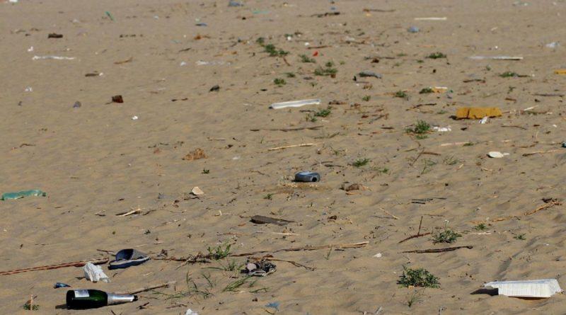 Spiagge pulite, al via la campagna Toscana plastic free