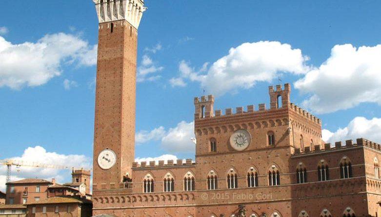 La contrada della Selva ha vinto il Palio di Siena dedicato alla Madonna dell'Assunta.