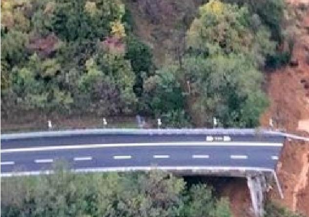 Viadotto crollato sulla A6, riaperta la carreggiata sud