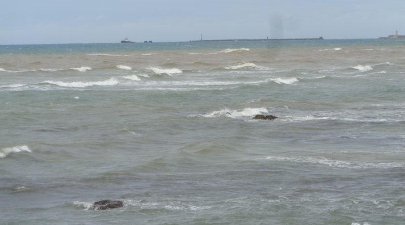 Mare mosso saltano alcune corse tra Piombino ed Elba