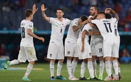 Euro 2020, Turchia-Italia 0-3: Immobile e Insigne  abbattano il muro turco